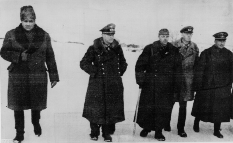 In Stalingrad gefangengenommene deutsche und rumänische Generäle