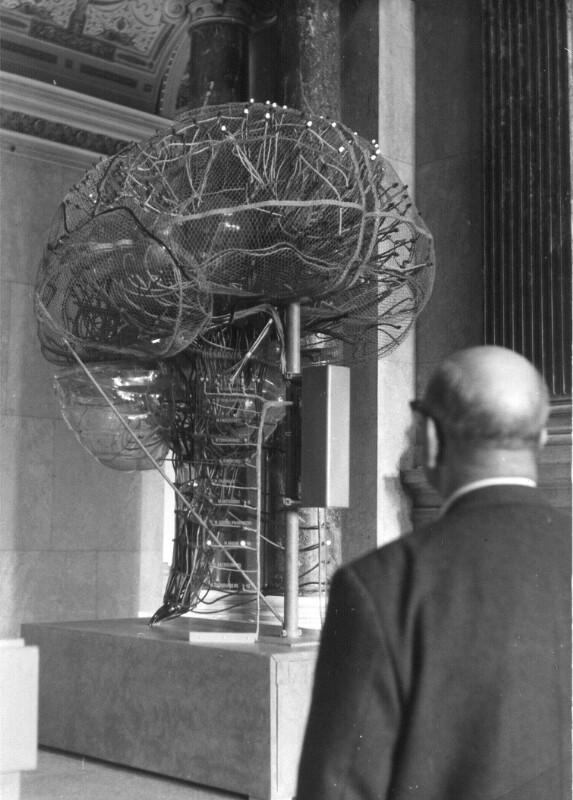 """Ausstellung """"Das Gehirn bei Mensch und Tier"""""""