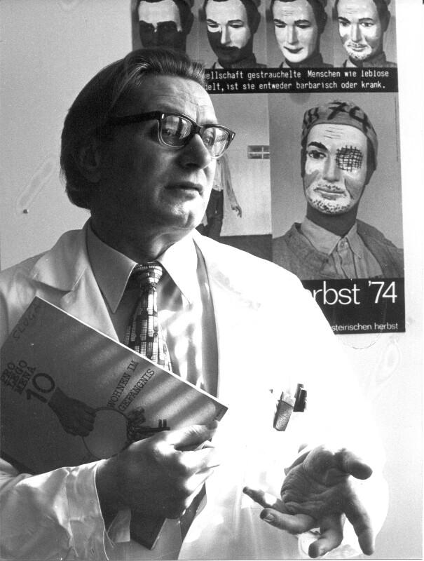 Dr. Williibald Sluga