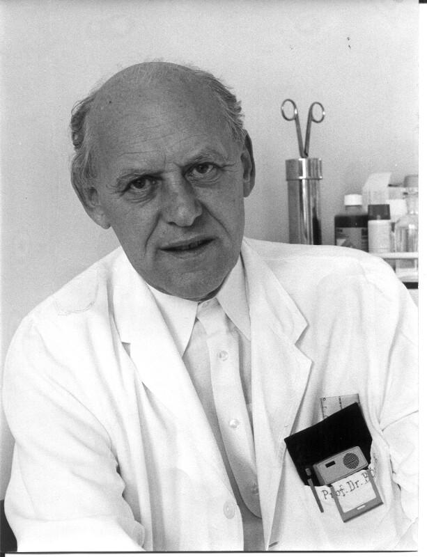 Dr. Jörg Böhler