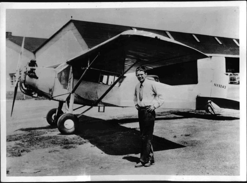 "Douglas Corrigan, der Atlantikflieger aus ""Versehen"""
