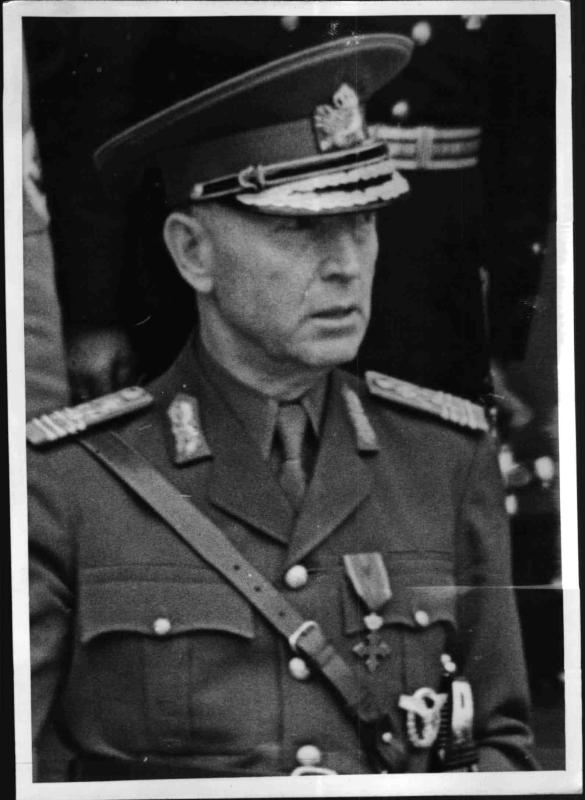 General Antonescu