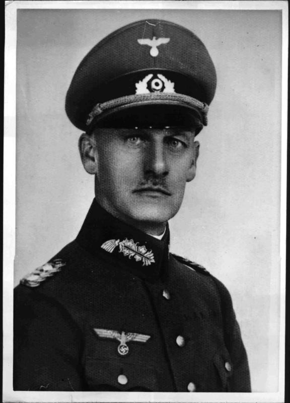 Generaloberst Ritter von Leeb