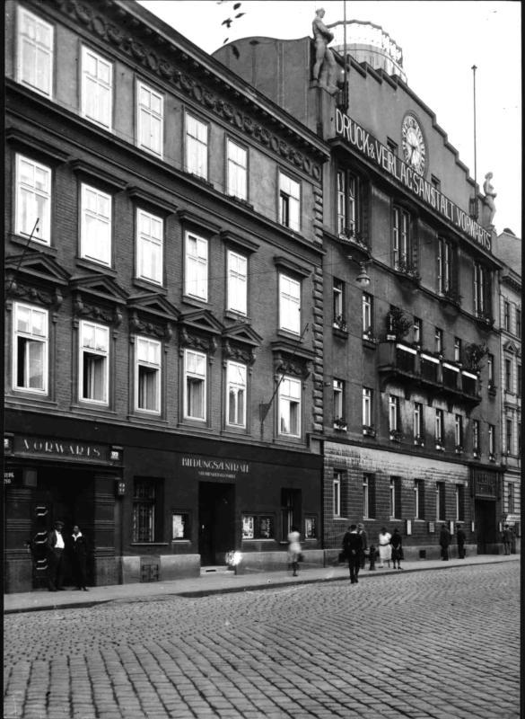"""""""Vorwärts-Haus"""" auf der Wienzeile"""