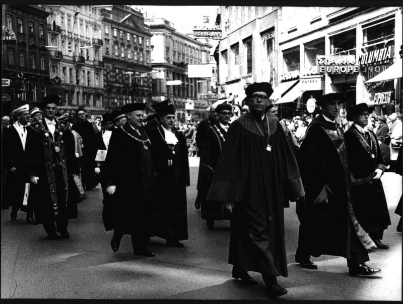 Würdenträger der Universität Wien am Graben