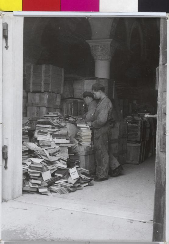 Von den Nazis geraubte Bücher in Tanzenberg