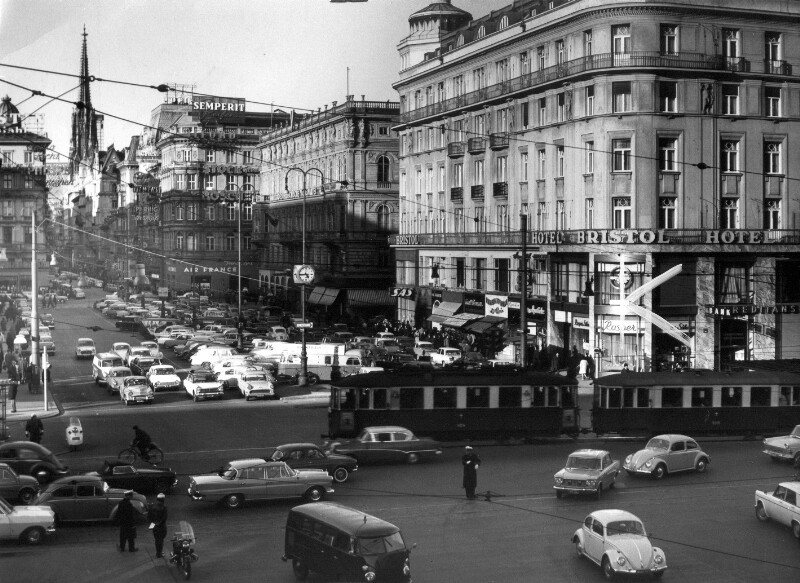 Opernkreuzung in Wien