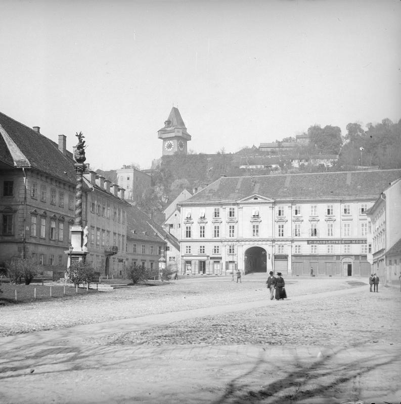 Graz, Karmeliterplatz
