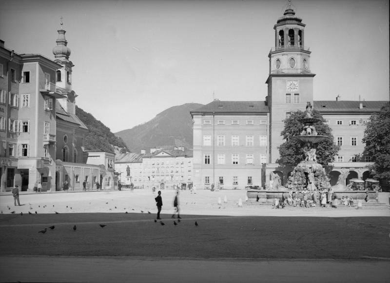 Salzburg, Residenzplatz