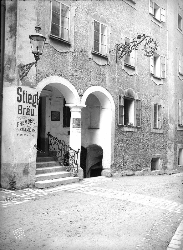 Salzburg, Gstättengasse