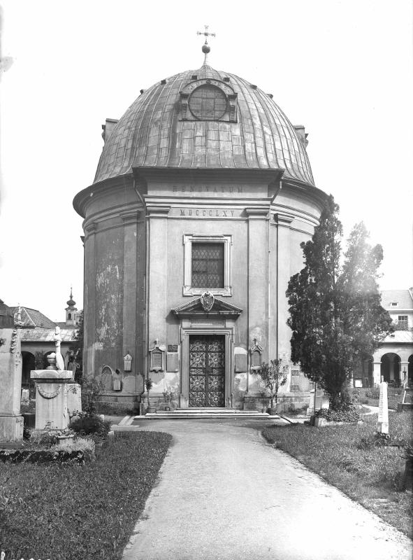 Salzburg, Gabrielskapelle am Sebastiansfriedhof