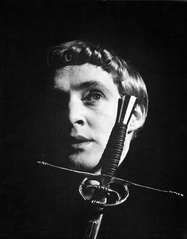 Oskar Werner als Hamlet
