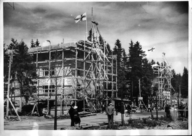 Richtfest im Olympischen Dorf in Helsinki