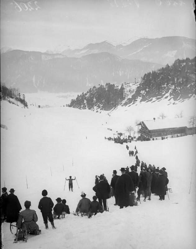 Am Fuß des Kaisergebirges