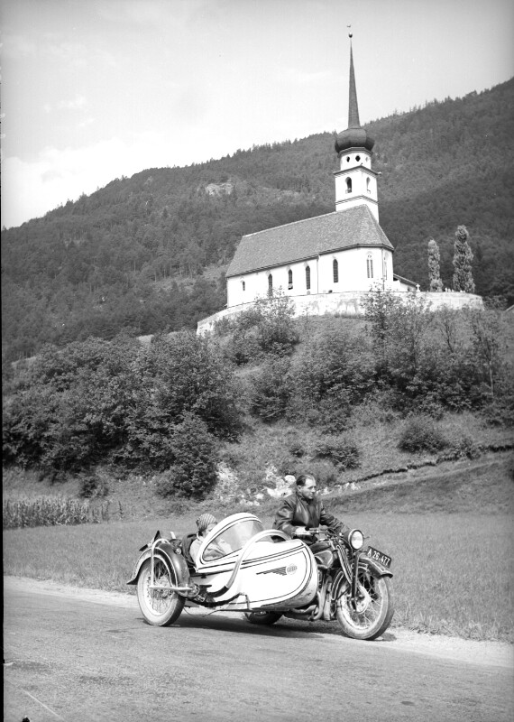Pfarrkirche zum Hl. Georg bei Leiblfing