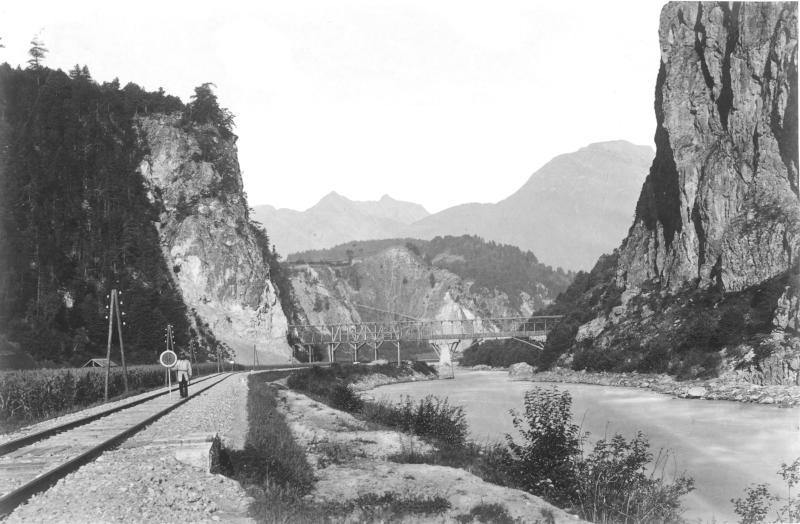 Arlbergbahn, Roppener Innschlucht