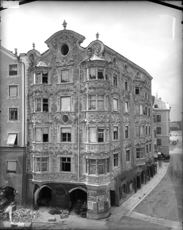 Innsbruck, Herzog-Friedrich-Straße 10