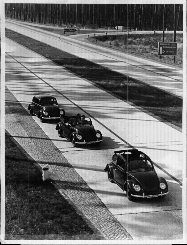 Der KdF-Wagen auf der Reichsautobahn
