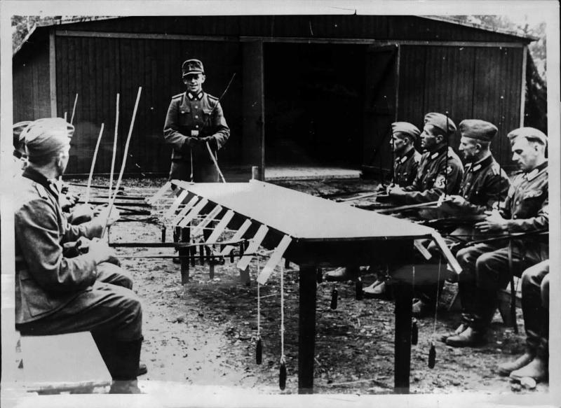 Ausbildung beim Reichsarbeitsdienst