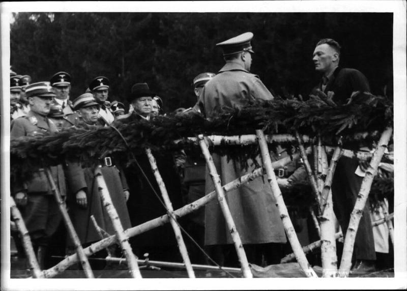 Der erste Spatenstich für die Reichsautobahn in Österreich