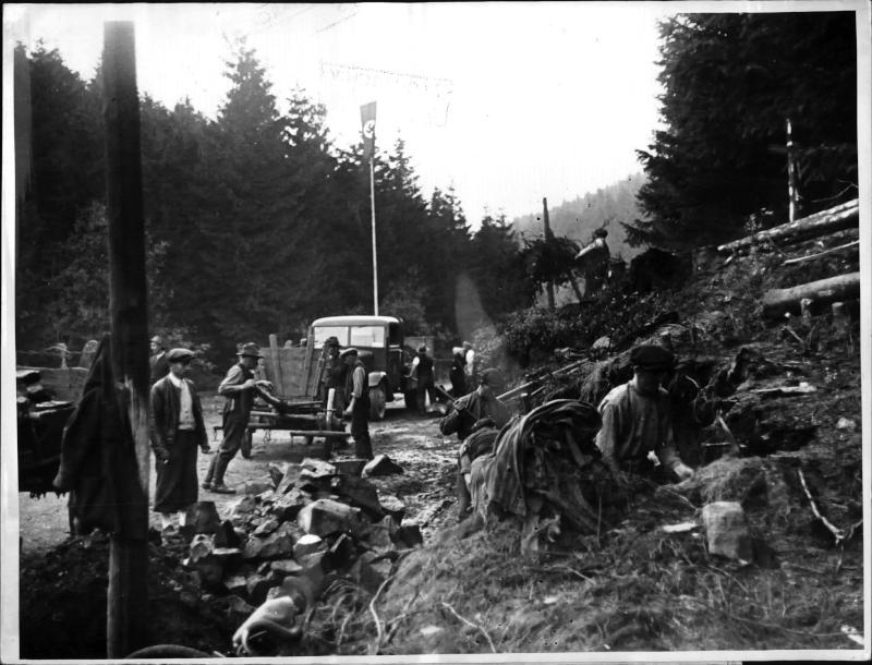 Aufbauarbeiten im Sudetenland