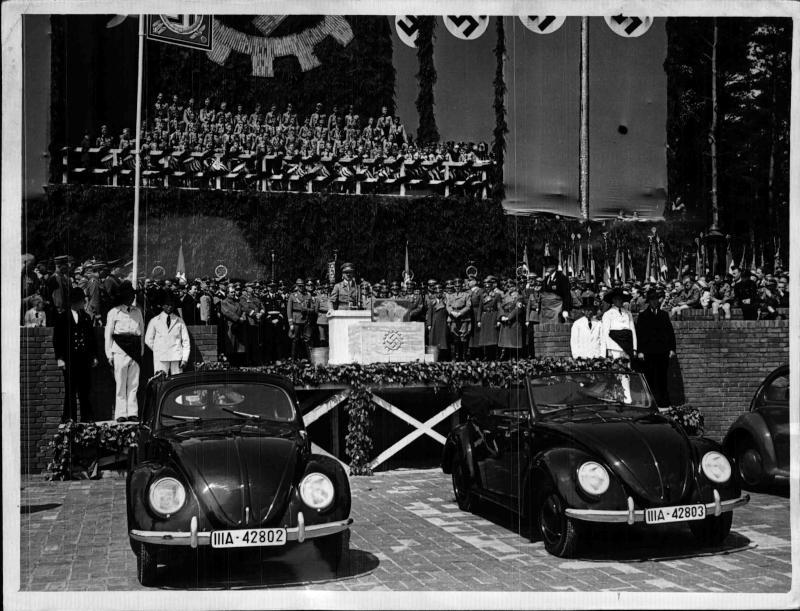 Grundsteinlegung zum Volkswagenwerk bei Fallersleben