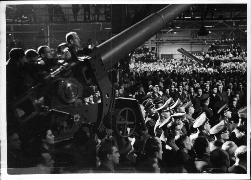 Rede Hitlers vor Rüstungsarbeitern