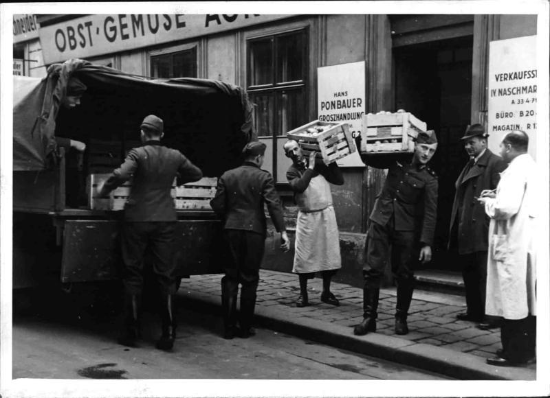 Obstspenden von Wiener Geschäftsleuten für Wiener Lazarette