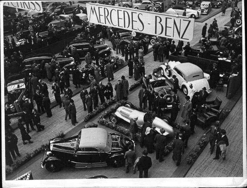 Automobil-Ausstellung in Paris