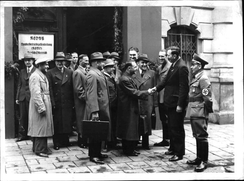 Dreißig österreichische Arbeiter reisen nach Berlin