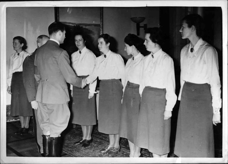 Heß bei der Reichsleitung des Arbeitsdienstes