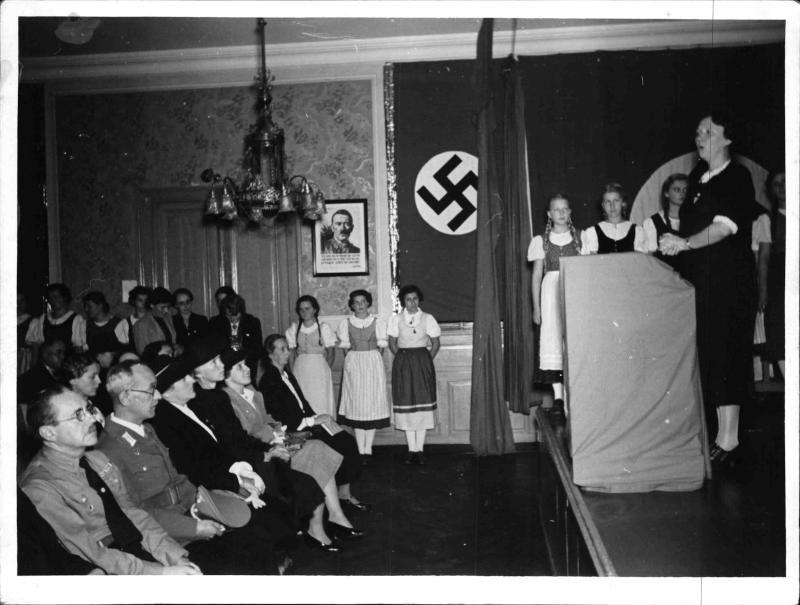 Eröffnung der NS-Haushaltungsschule in Wien
