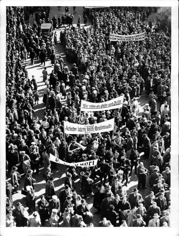 Erster KdF-Zug mit Wiener Arbeitern