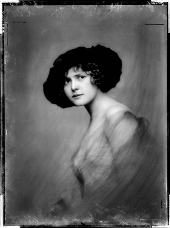 Porträt der Liane Haid