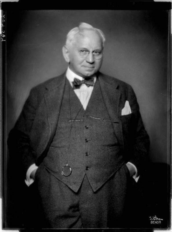 Ernst Arndt in Zivilkleidung