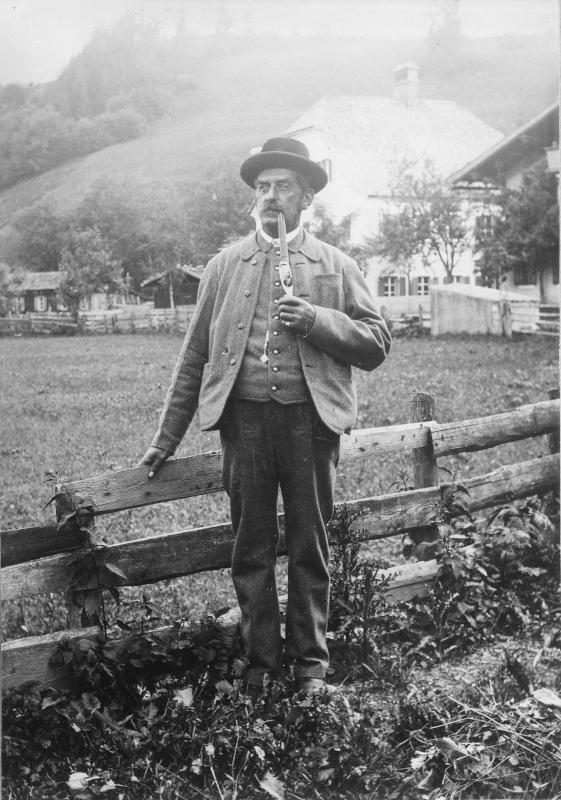 Waldviertler Bauer mit Pfeife