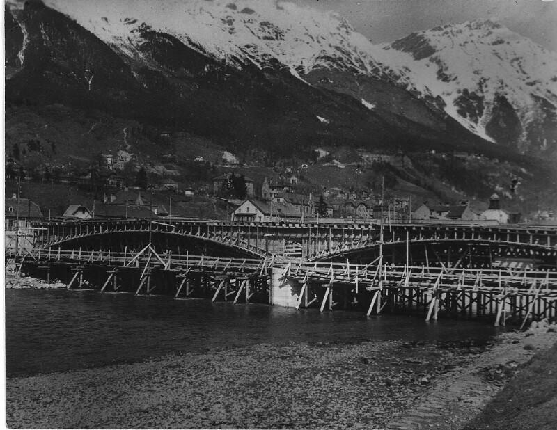 Bau der neuen Universitätsbrücke in Innsbruck