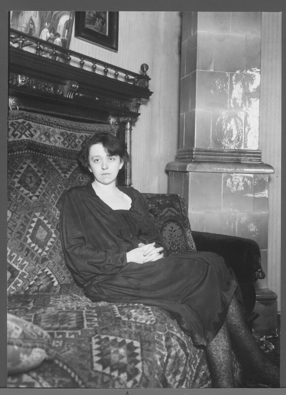 Nelly Grosavescu