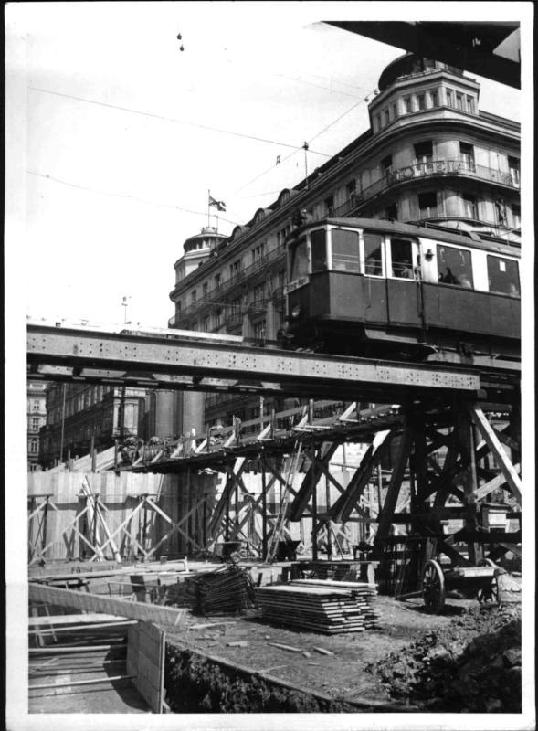 Bau der Opernringkreuzung