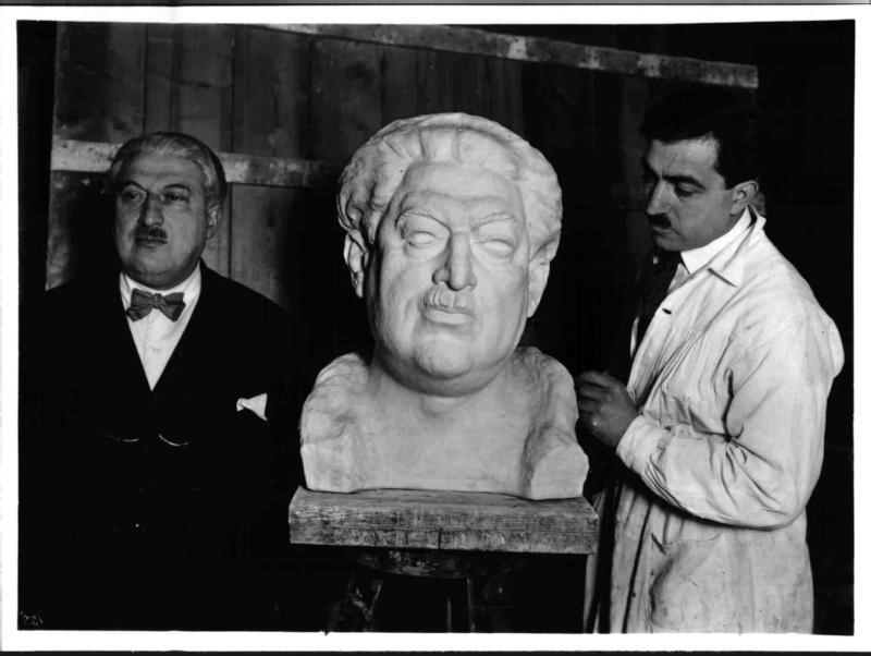 Der Bildhauer Mario Petrucci