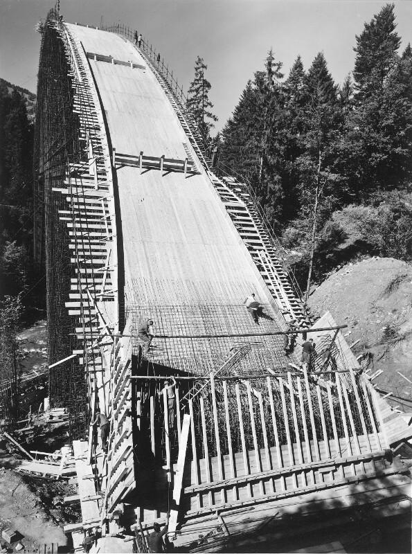Hochbrücke Lingenau im Bau