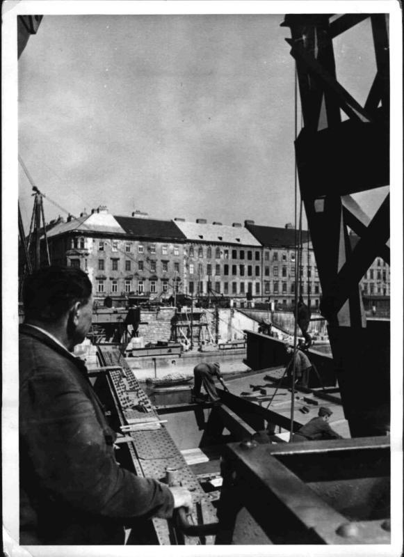 Bau der neuen Schwedenbrücke