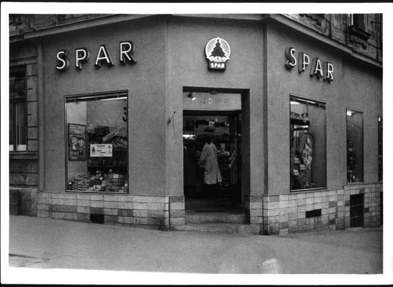 """""""SPAR""""-Geschäft"""