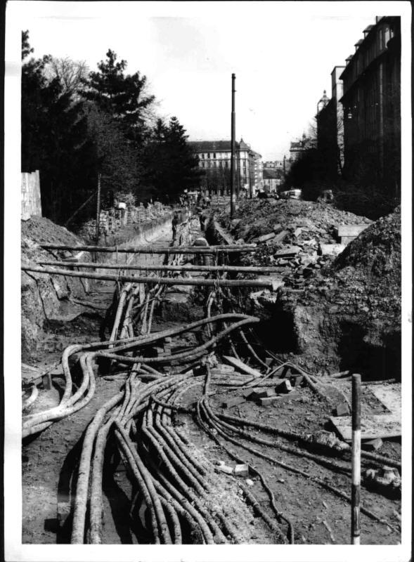 Bauarbeiten am Urban-Loritz-Platz