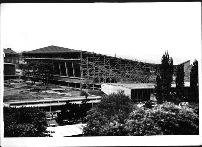 Bau der Wiener Stadthalle