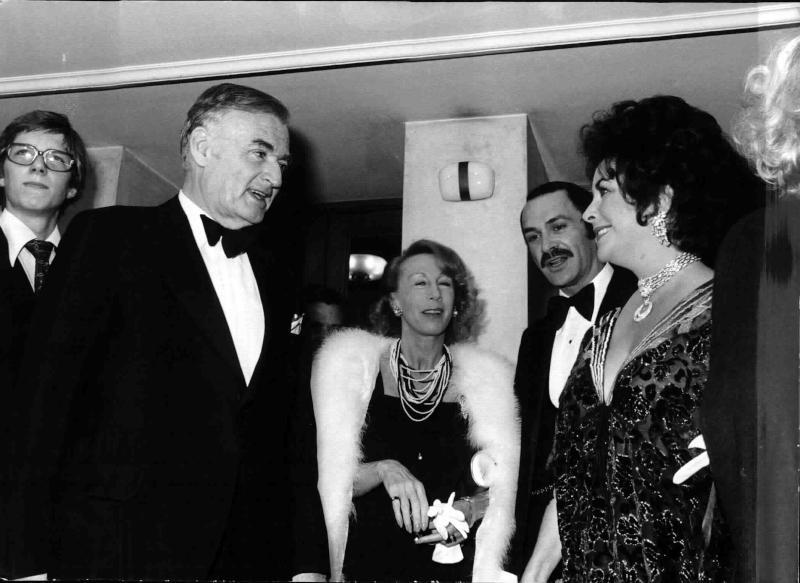 Liz Taylor im Gespräch mit Marcel Prawy