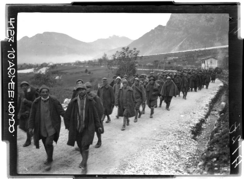 Gefangene Italiener in der Umgebung von Tolmezzo