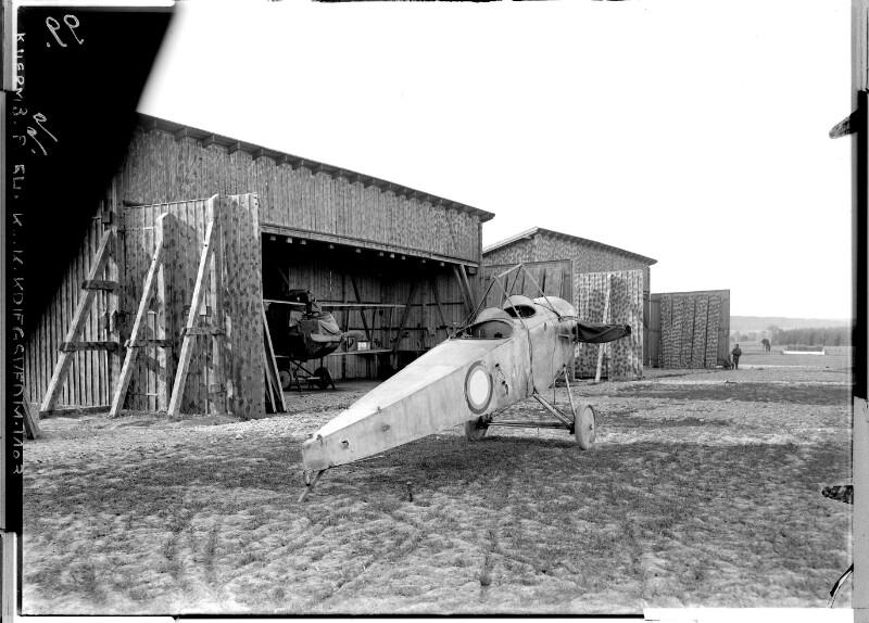 Chocin, erbeutetes russisches Flugzeug, 25. Mail 1917.