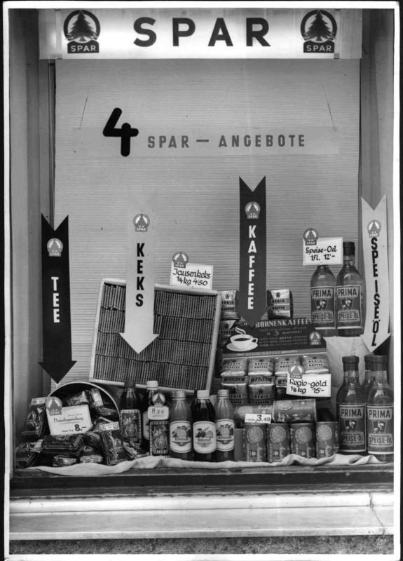 Auslage einer SPAR-Lebensmittelhandlung