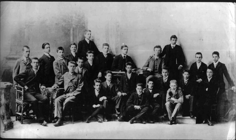 Schüleraufnahme aus dem Jahr 1900